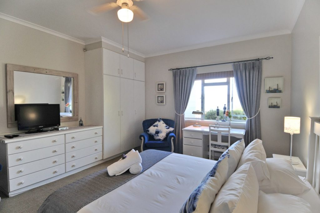 Room 1 @ The Grosvenor Guest House in Simonstown